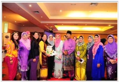 WENA: Training Program in Malacca- Business Plan, Social Media Marketing & Personal Branding